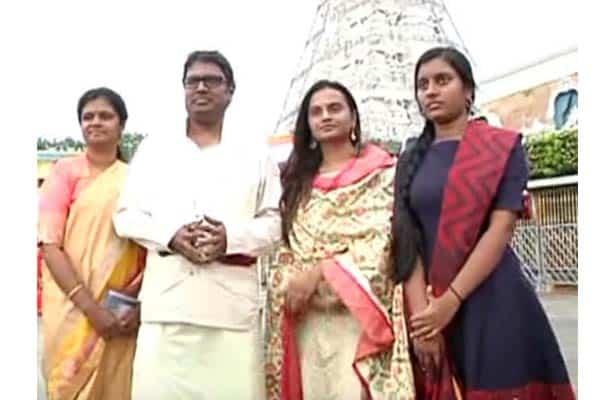 Gunasekhar decides on Baktha Prahlada