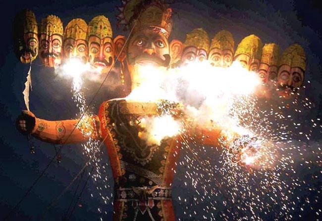 Uttar Pradesh different tradition on Dasara Ravana burning