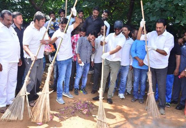 Mahanubhavudu Team In Swachh Bharat