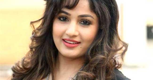 We are shameless says heroine 'Madhavi Latha'