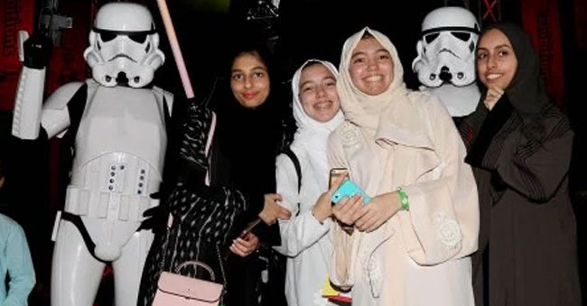 Saudi Arabia lifts the ban on public cinemas after 35 years!