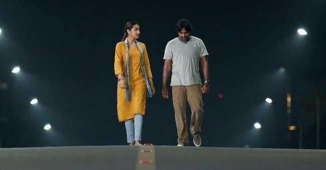 96 Teaser Talk: Vijay And Trisha's Lovely Show