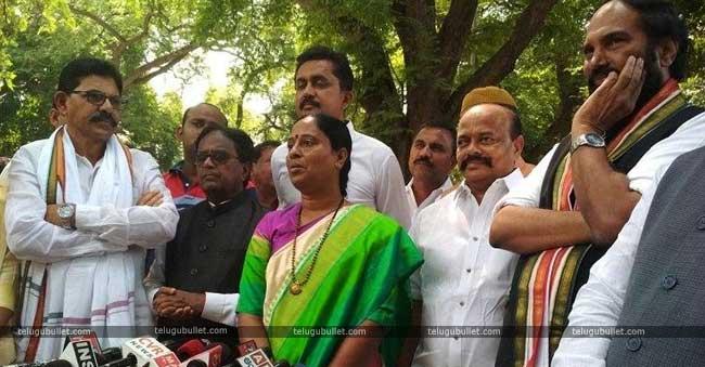 Konda Surekha Joins Congress Party