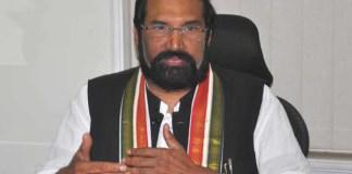 Uttam Kumar Reddy offers to quit TPCC chief post