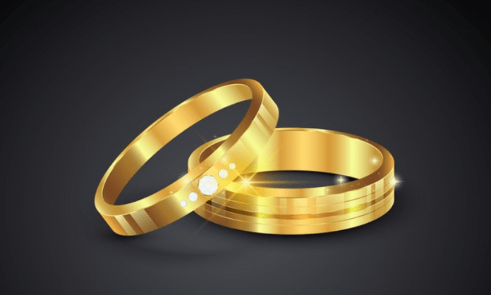 Jewellery goes missing from bank locker, probe on