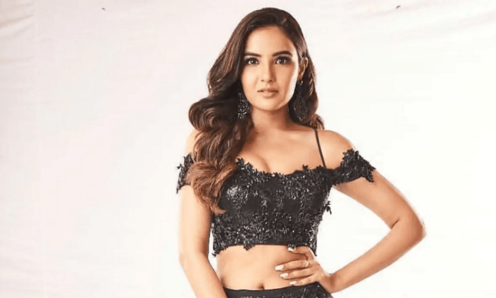 Jasmin Bhasin, Aly Goni to feature in music video