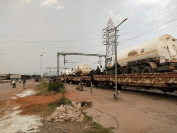 Oxygen Express on way from Odisha to Telangana