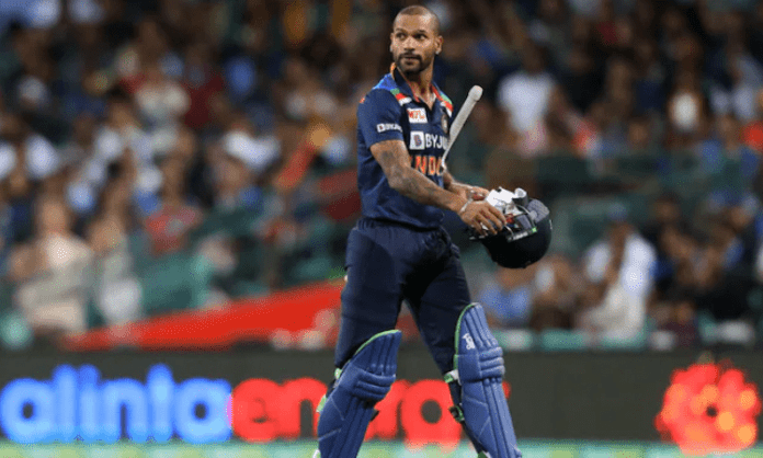 Dhawan-led India enters week-long quarantine on arrival in Colombo