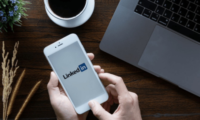 Indian working women more worried about job availability: LinkedIn