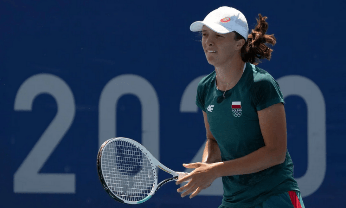 Tennis: Naomi, Barbora breeze into third round at Olympics