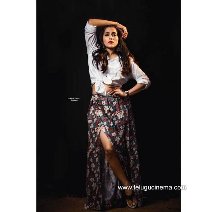 Rashmi Gautam's glam look