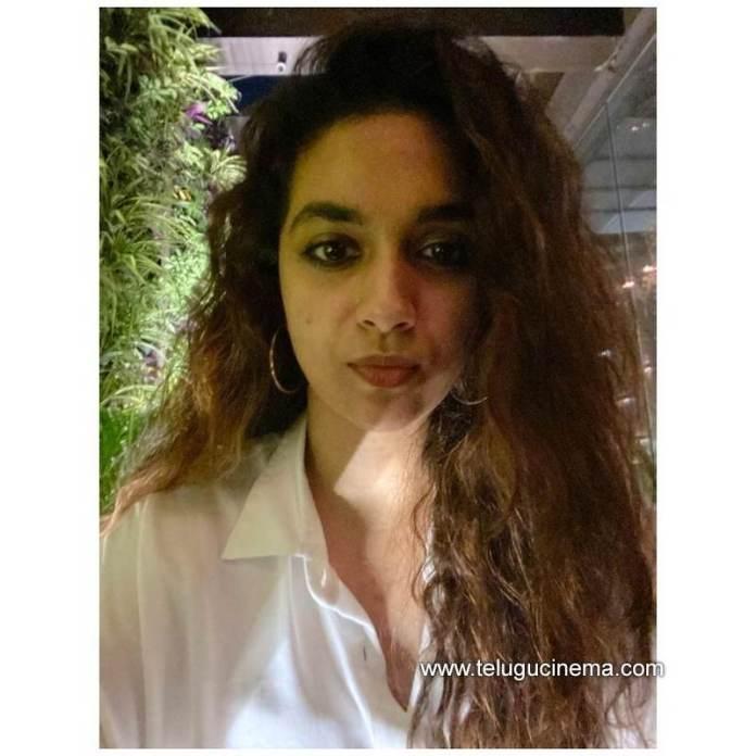 Keerthy Suresh in love with her hair