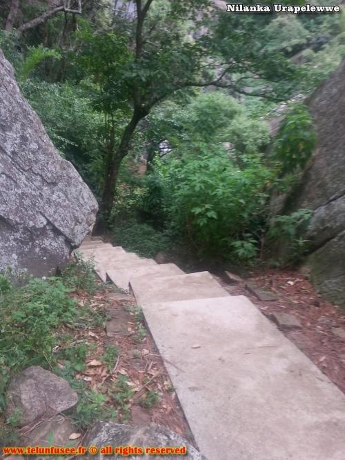 nilanka-urapelewwe-blog-voyage-sri-lanka-kalupahana-babarakande-falls-travel-blog-telunfusee-4