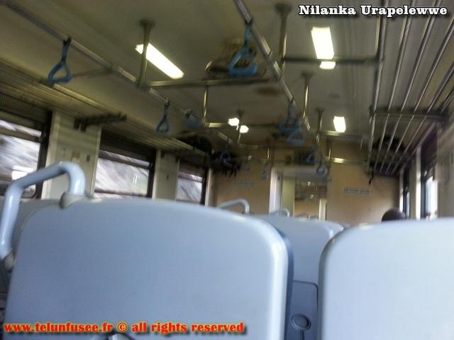 nilanka-urapelewwe-blog-voyage-sri-lanka-trains-travel-blog-telunfusee-2