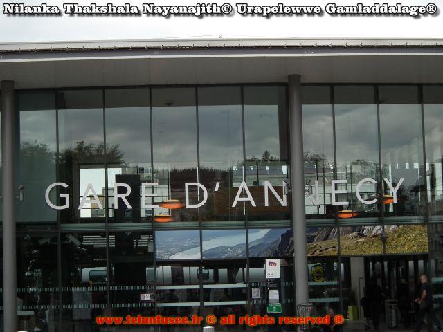 nilanka_urapelewwe_europe_france_annecy_travel_blog_telunfusee_2018-4