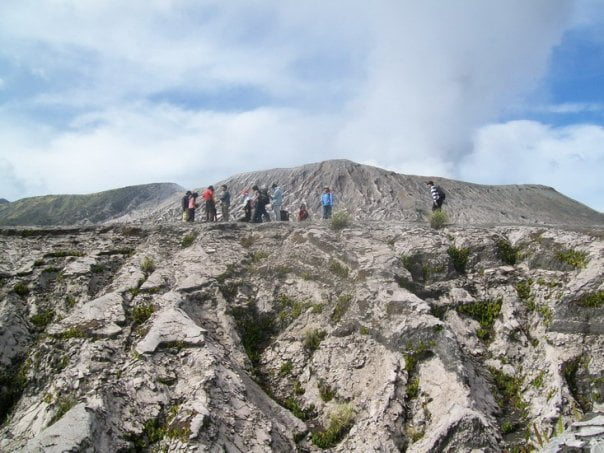 7 Gunung Yang Asyik Didaki Tanpa Harus Kemping