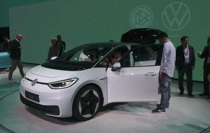 Autofirmen wollen bei Innovationen sparen