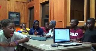 アフリカの子供合唱団のリハーサルルームでの声合わせに心が震えた!