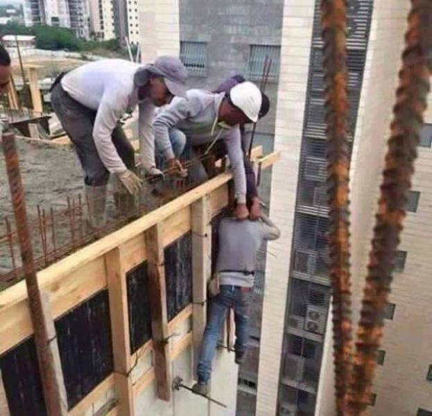 safety_first_is_not_the_first_thing_on_these_peoples_mind_640_16