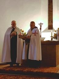 Andacht der Komturei St. Georg: Lesung durch den Komtur, Ordensbruder Wolf