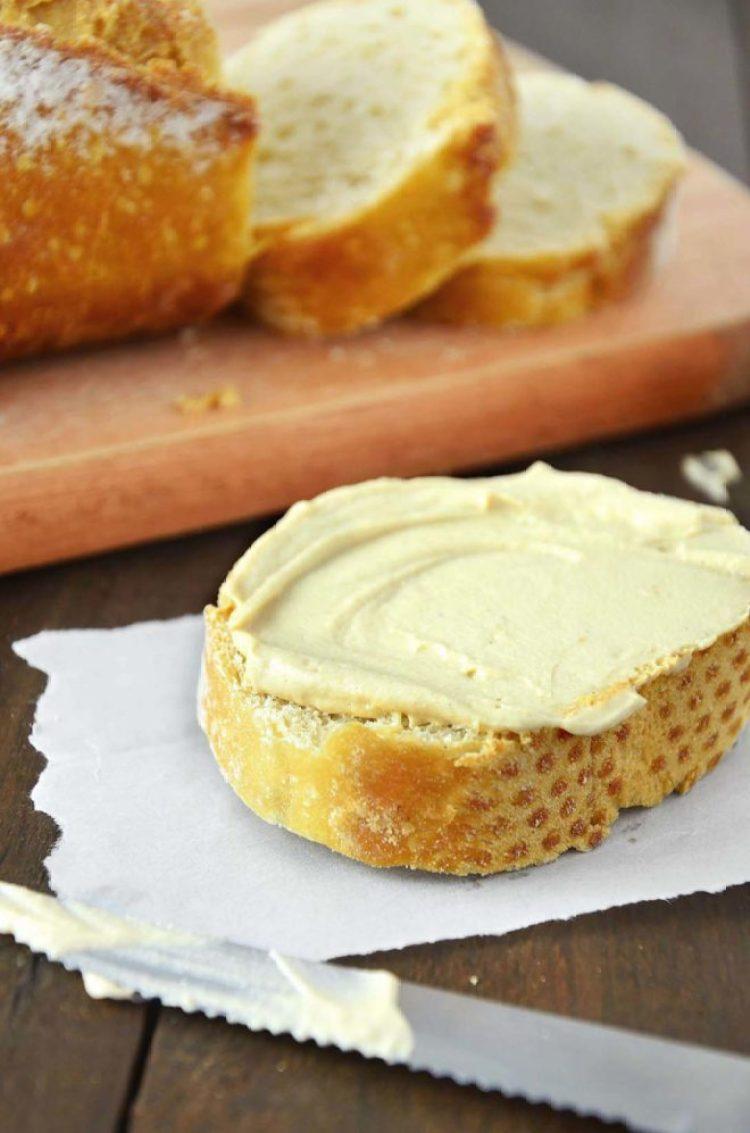 Pão com cream cheese