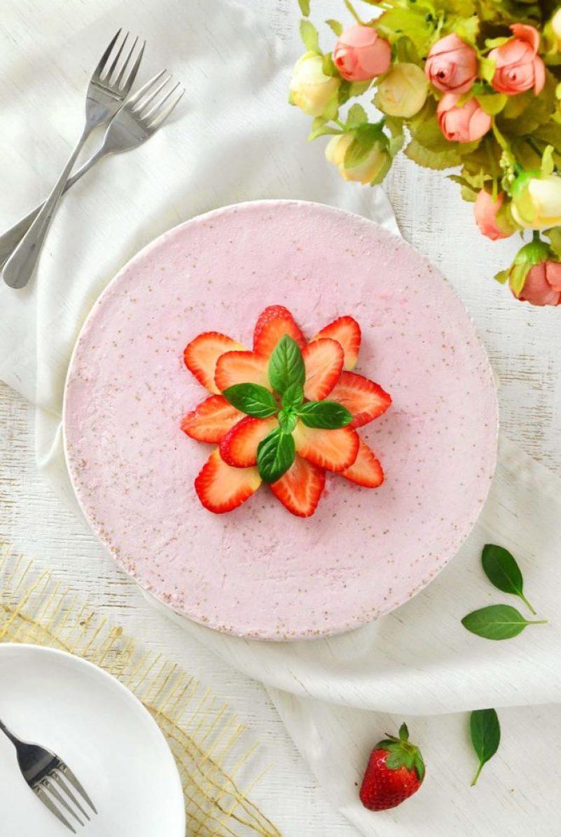 Torta gelada de morango
