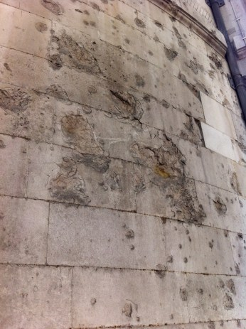 Bomb damage on the walls of St Clement Danes