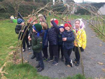 Outdoor Classroom – Final weaving day