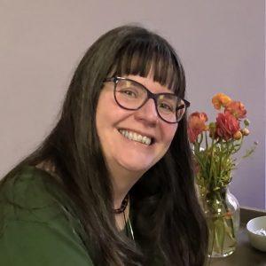 Elsa Elliott - TempleHearth Teacher