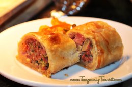 Pork and Apple Sausage Roll with house-made Piccalilli #EpcotinSpring #FlowerandGarden