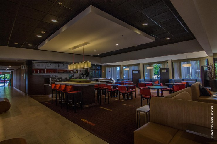 Courtyard By Marriott Miami Airport - Bistro and Bar
