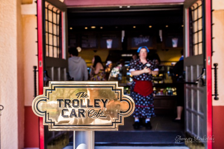 Starbucks has now opened at Hollywood Studios as The Trolley Car Cafe.