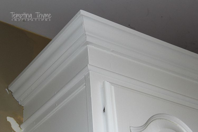 Crown moulding ceiling height for Standard crown molding size