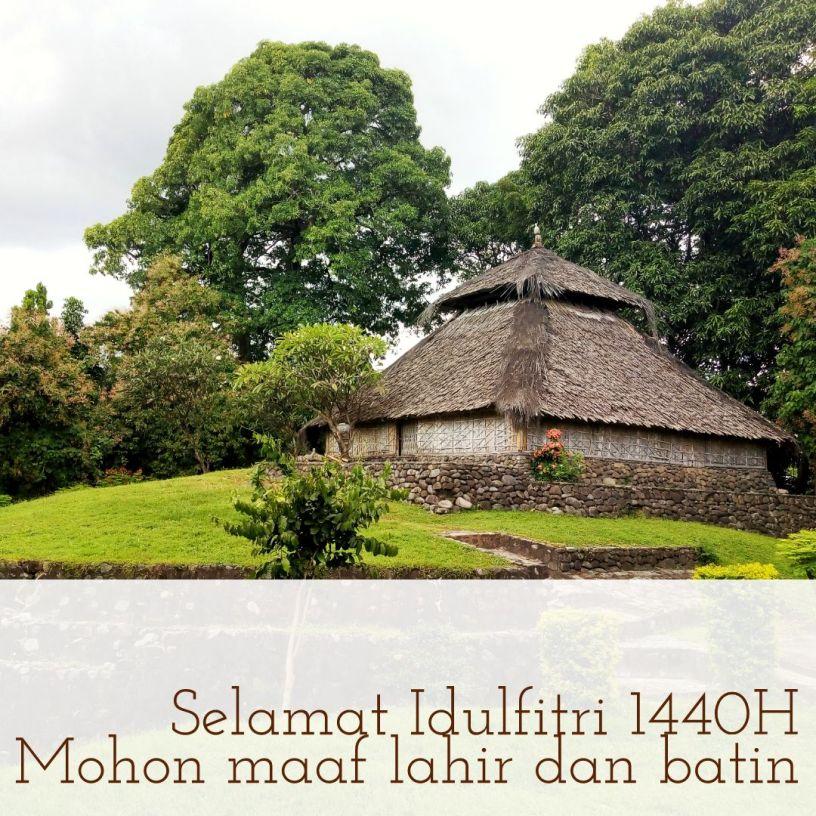 Masjid Kuno Bayan Beleq di Kartu Selamat Idulfitri 1440 H