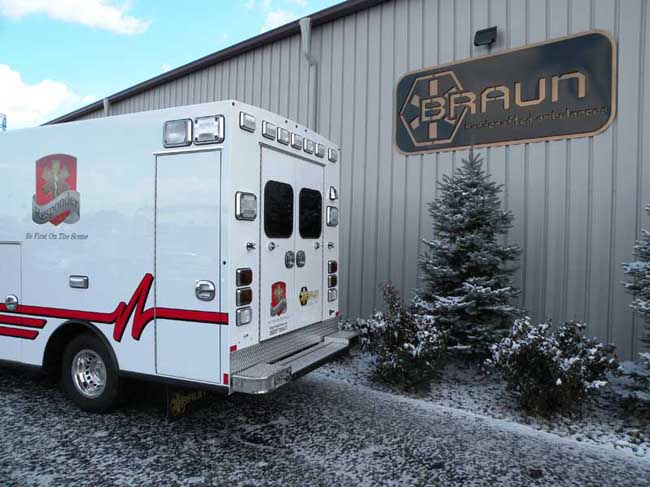 Braun-Responder-Ambulance-Ten-8-Fire-Equipment (5)