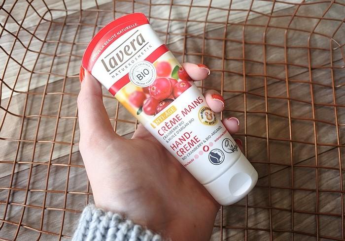 crreme anti age cramberry lavera