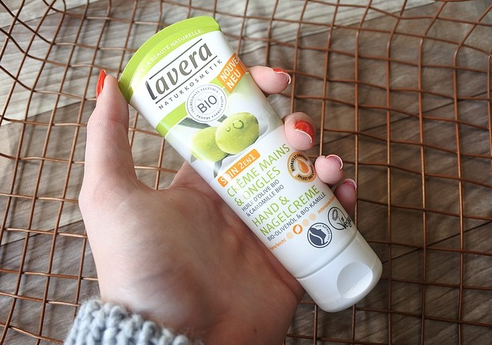 creme mains et ongles camomille lavera