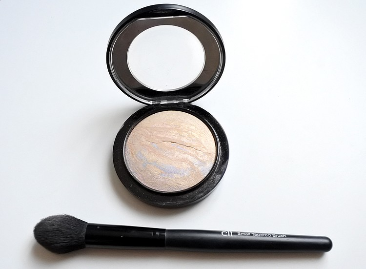 Routine teint highlighter mac