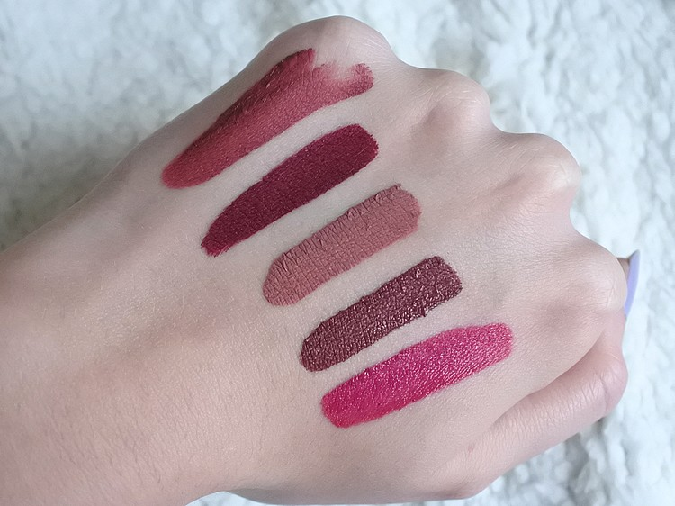 rouges à lèvres liquides swatch