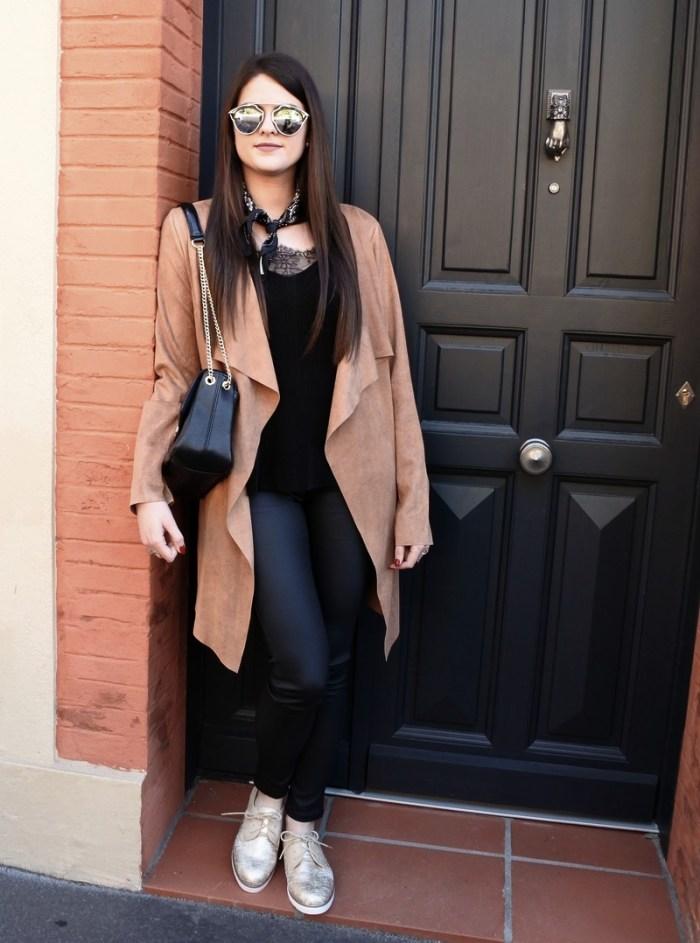 Look n°70 • Suédine & cuir tendance clémence