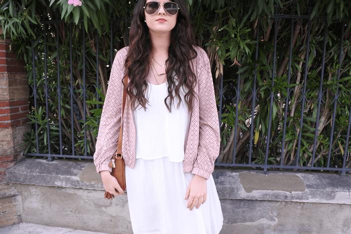 Look n°83 • La robe blanche romantique Tendance Clémence blog mode toulouse