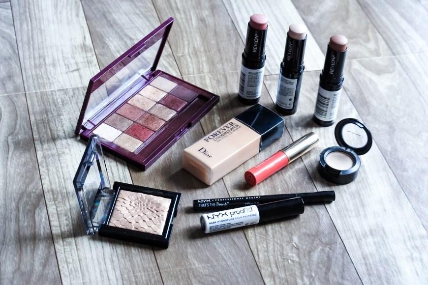 Tutoriel • Make-up Day and Night avec la Burgundy Bar