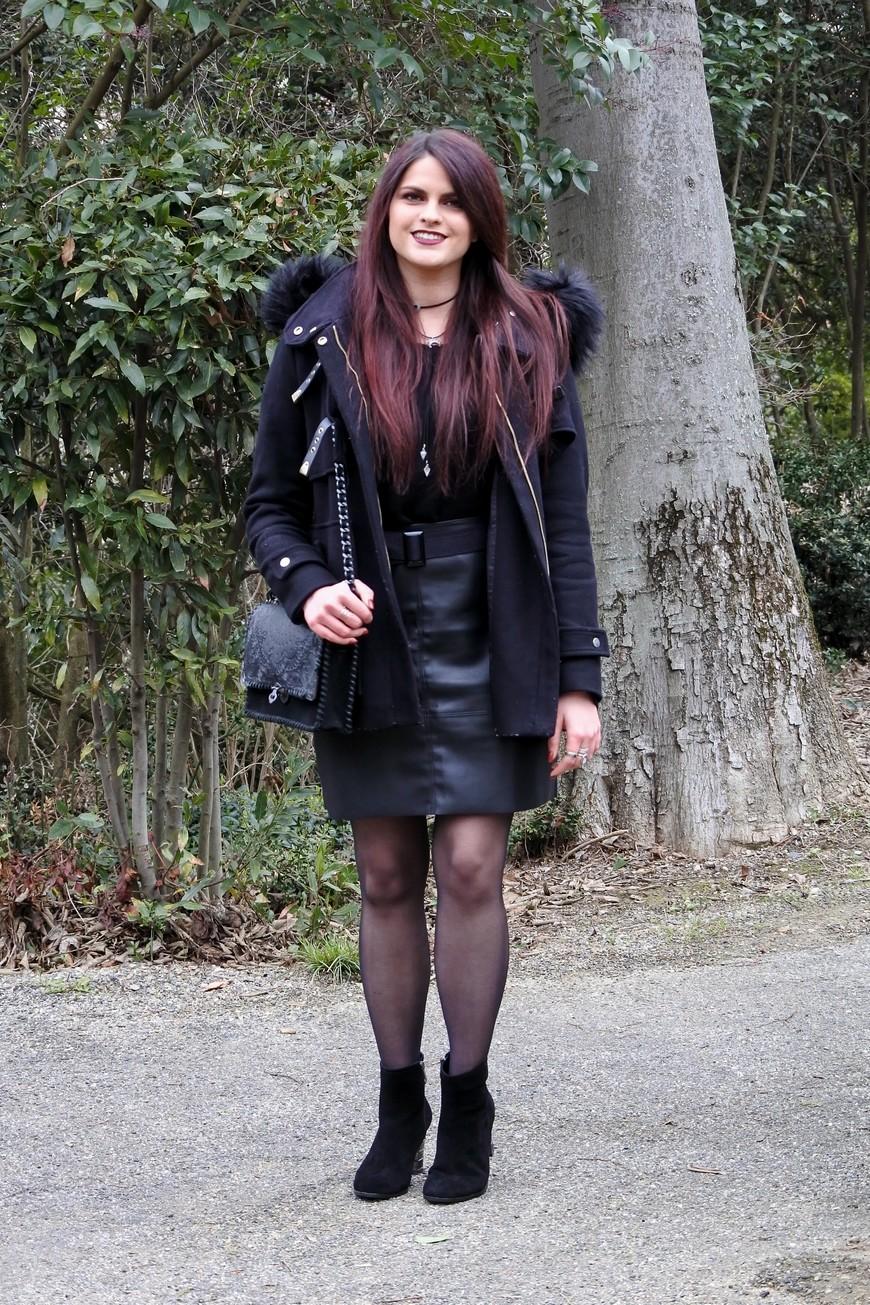 Jolie jupe en cuir