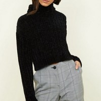 Pull noir maille chenille