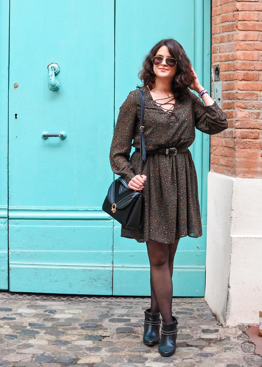 Look n°174 • La petite robe kaki pour le printemps