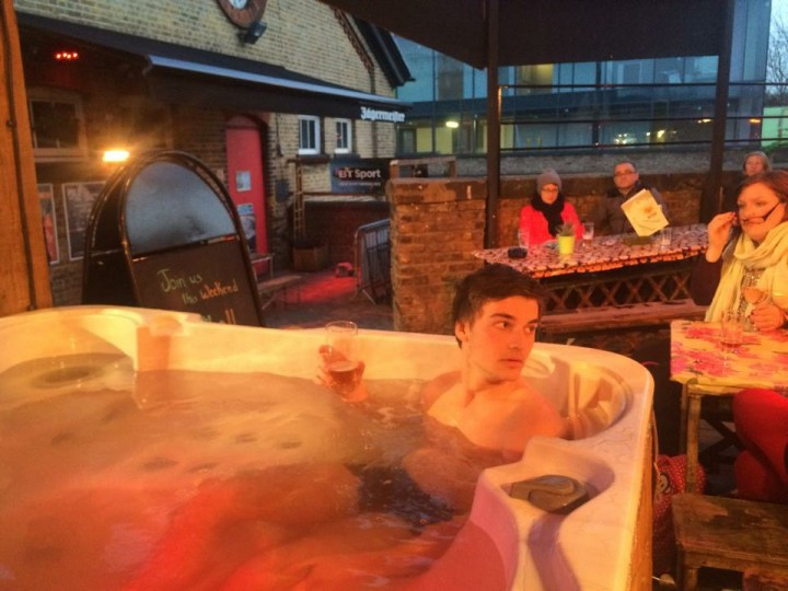 Pub jaccuzi london