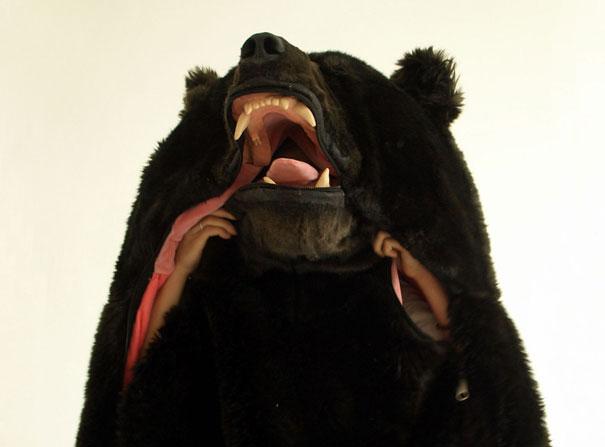 com-esse-saco-de-dormir-de-urso-ninguem-perturba-seu-sono-3