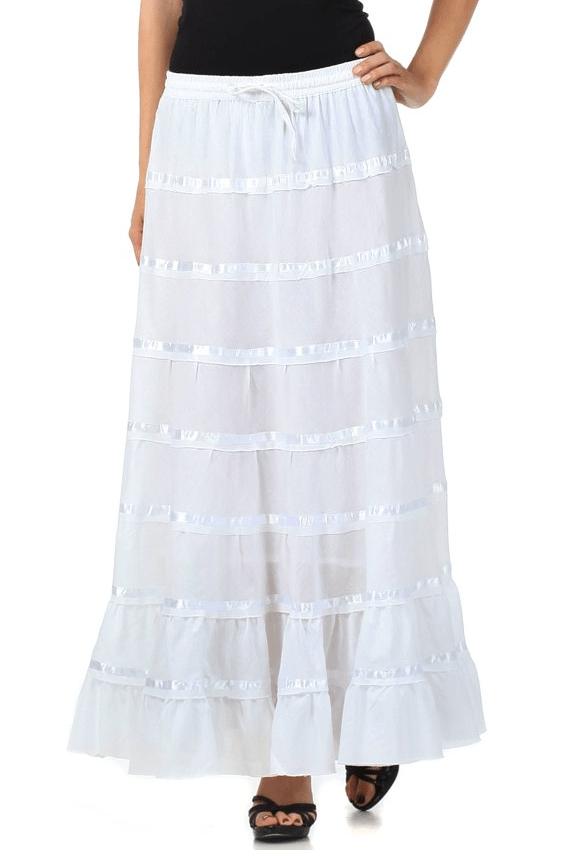 como combinar una falda blanca larga