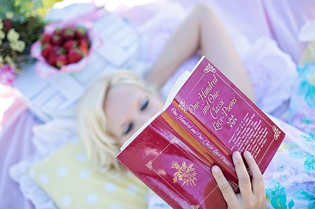 Leer 30 minutos al día alarga la vida
