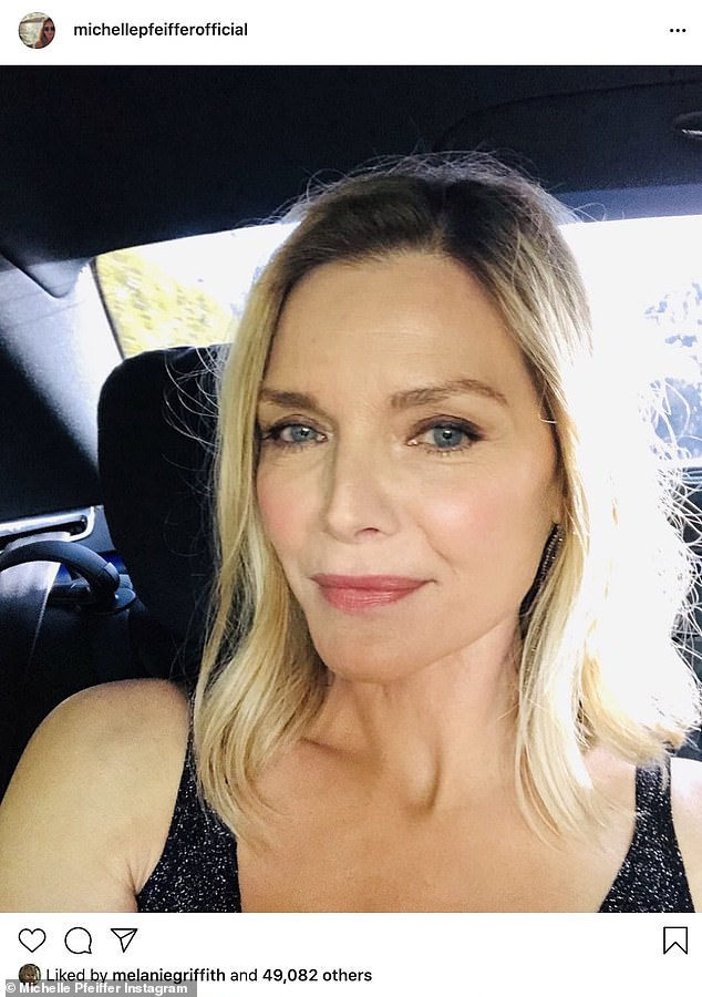 Throwback Thursday: Michelle Pfeiffer recientemente compartió una selfie tomada en los Golden Globe Awards 2020